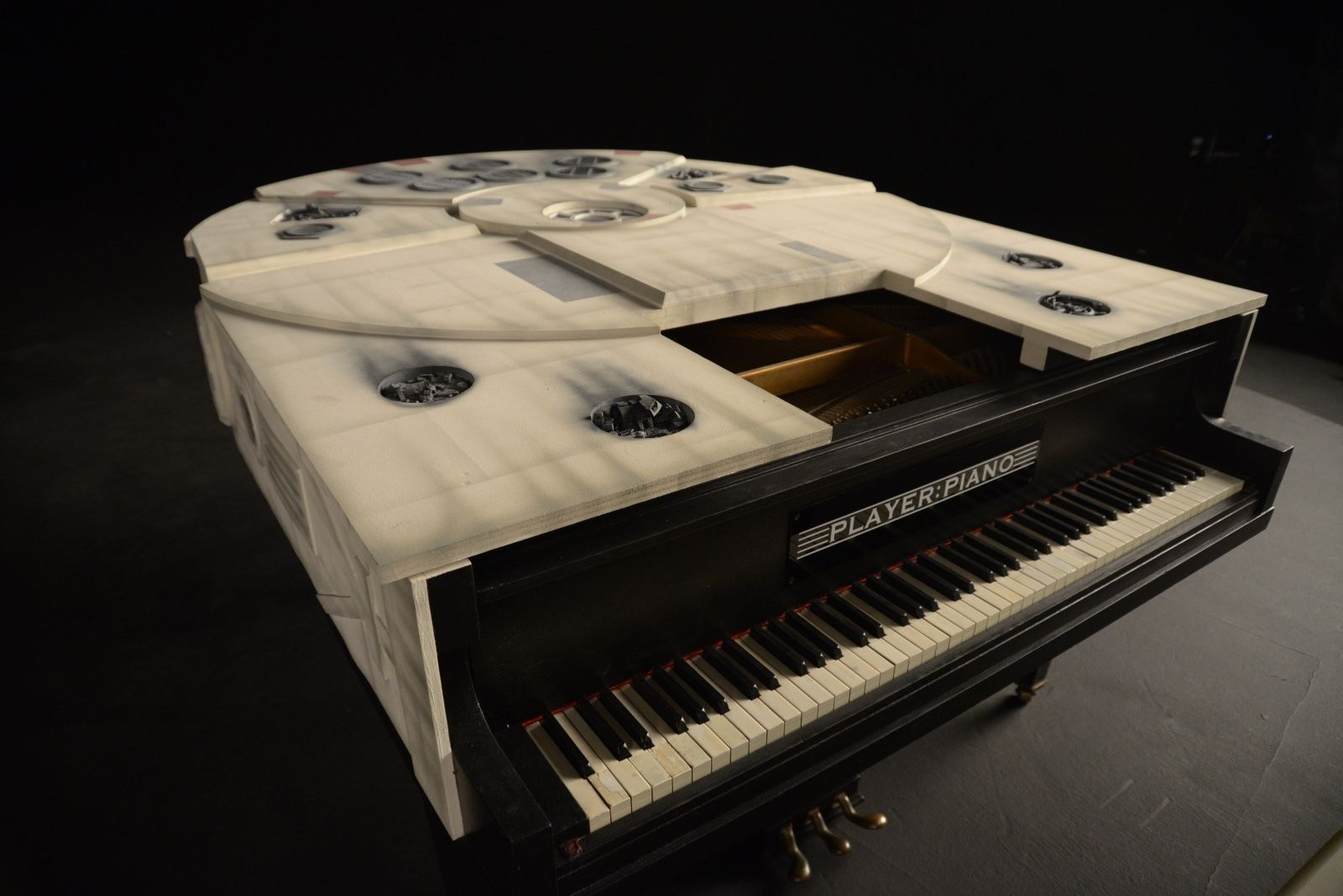 want to have your own millennium falcon piano. Black Bedroom Furniture Sets. Home Design Ideas